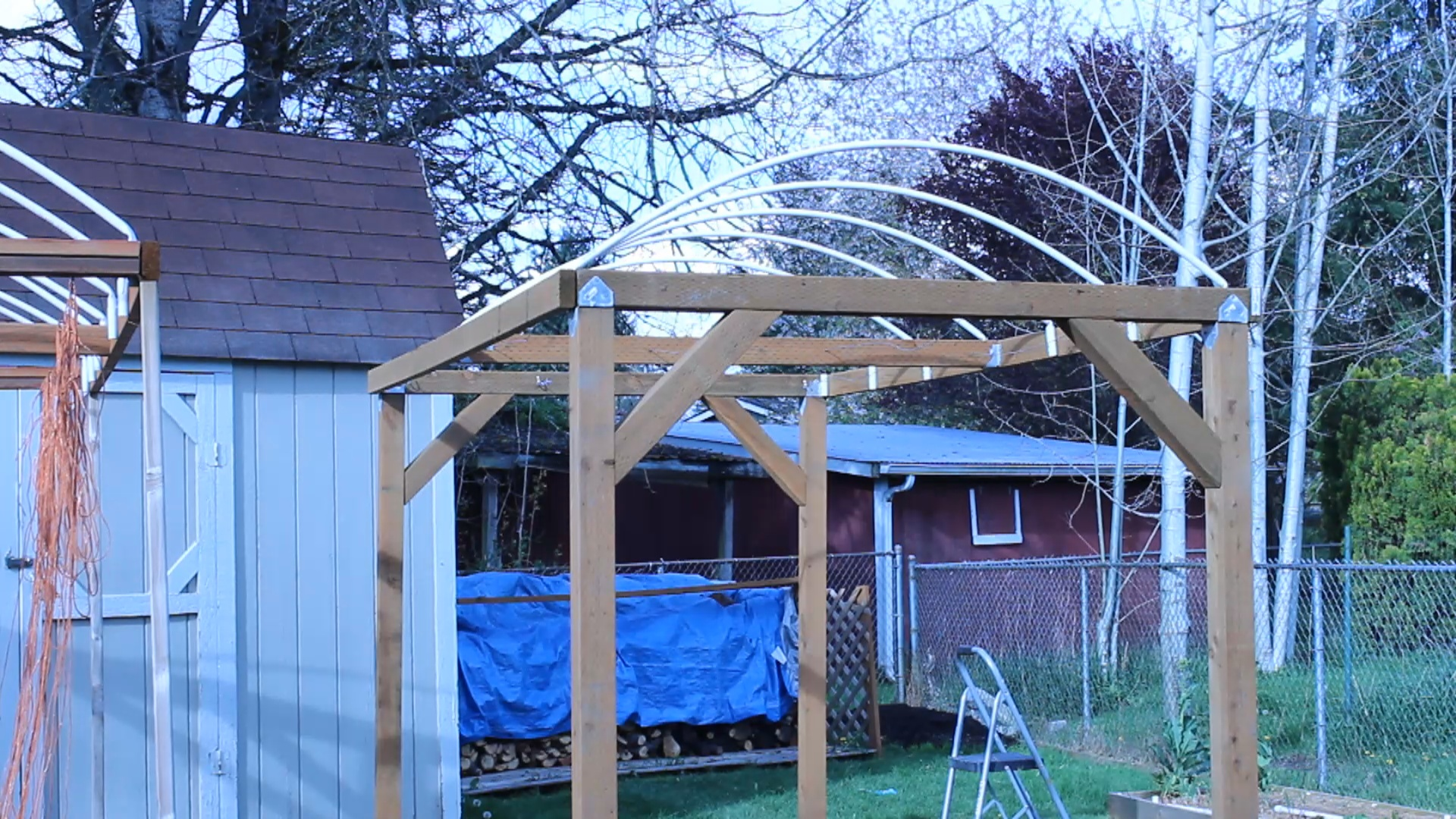 How To Build A Trellis System For Vertical Growing Moms